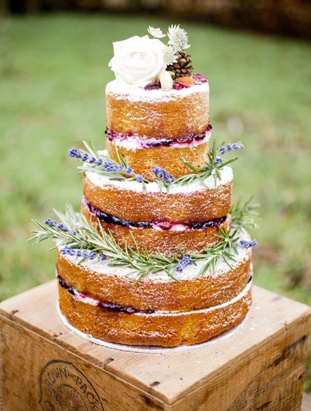 Meztelen esküvői torta